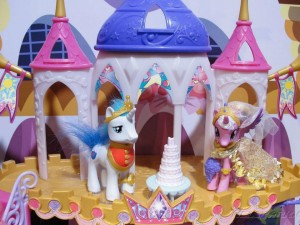 My Little Pony Toy - Shining Armor and Princess Cadence at Toy Fair 2012