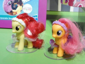 My Little Pony Toy - Apple Bloom and Scootaloo at Toy Fair 2012