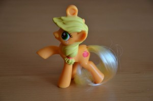 My Little Pony McDonald's 2012 Happy Meal toys - Applejack