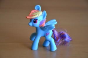 My Little Pony McDonald's 2012 Happy Meal toys - Rainbow Dash